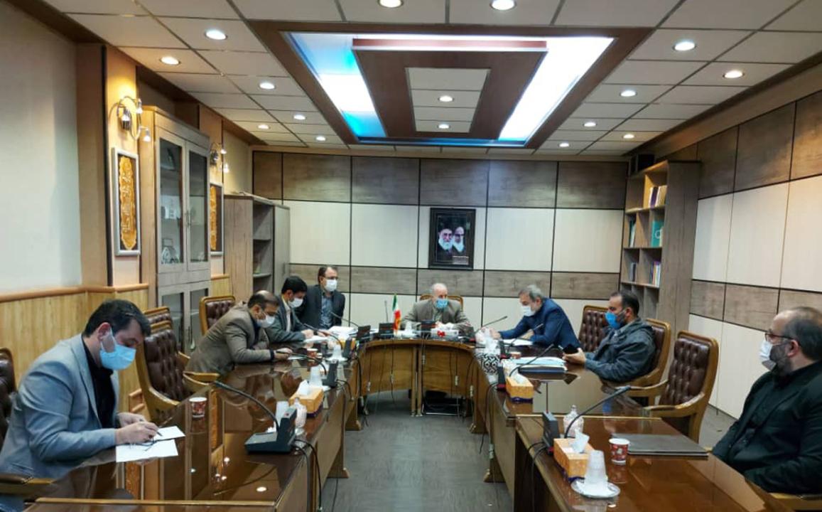 جلسه انتقال کشتارگاه شهرداری به کشتارگاه صنعتی طیب گوشت پارسا نوین در سالن جلسات فرمانداری